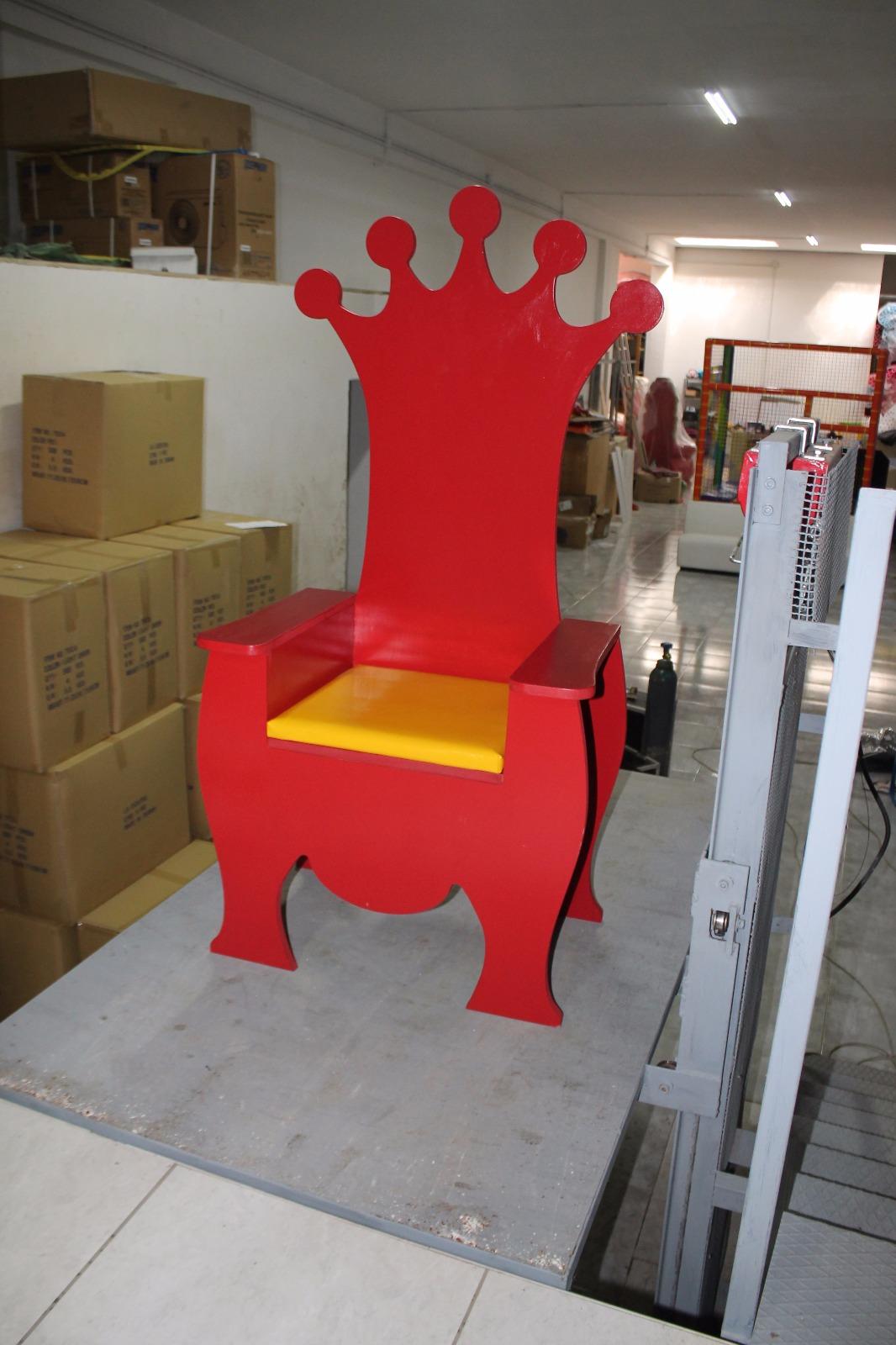 trono 4